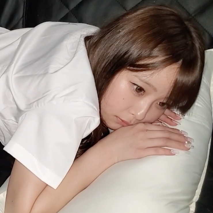【個人撮影】色白清楚の美乳なあの子を犯し